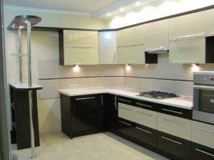 Мебель для кухонь черно-белая