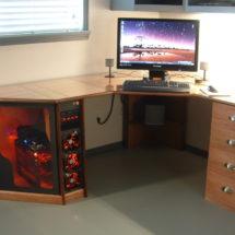 Стол для кабинета и офиса в ЛНР