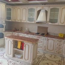 Кухня на заказ белого цвета